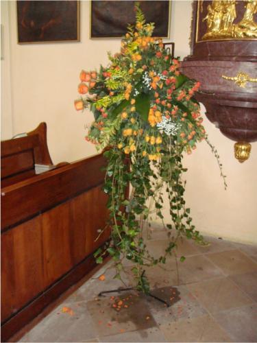 stojan-na-kvetinac