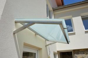 pristresek-nad-vchodove-dvere-nerez-sklo-na-zakazku-brno